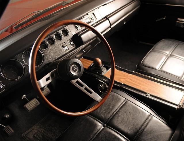 15 mẫu xe có vô lăng quyến rũ nhất mọi thời đại - Ảnh 10.