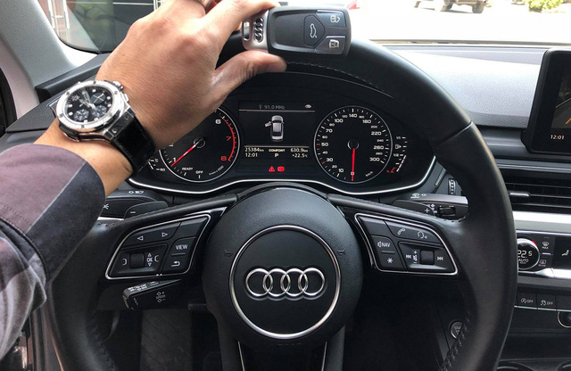 Audi A4 cũ rao bán ngang giá Mẹc C mới - Ảnh 10.