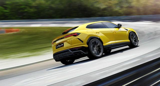Sắp về Việt Nam, Lamborghini Urus bán chạy ngoài mong đợi - Ảnh 2.