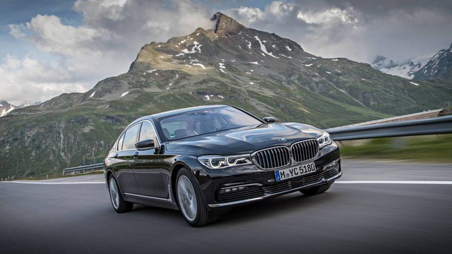 BMW 7-Series lọt danh sách xe mất giá nhất trong năm 2018 - Ảnh 6.
