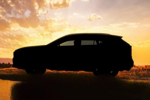 Toyota chuẩn bị gì cho RAV4 2019 để lật đổ Honda CR-V - Ảnh 2.