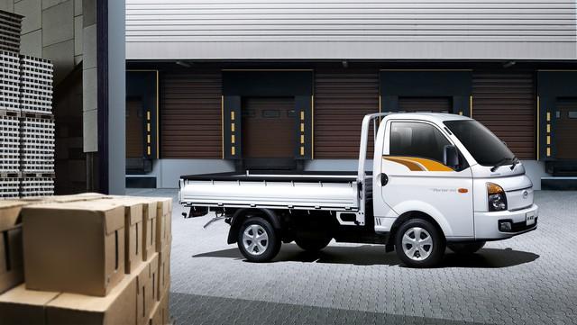 Nắm mảng xe thương mại, Hyundai Thành Công ra mắt sản phẩm mới giá 410 triệu đồng - Ảnh 1.