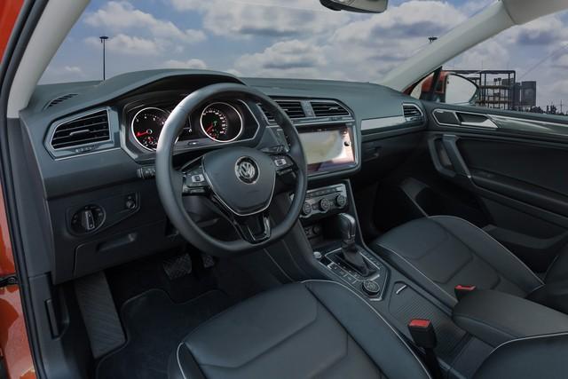 SUV 7 chỗ Volkswagen tham vọng cạnh tranh Mercedes-Benz GLC đã về Việt Nam - Ảnh 1.