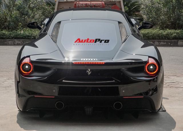 Đại gia Hà Nội tậu Ferrari 488 GTB màu đen độc nhất Việt Nam - Ảnh 9.