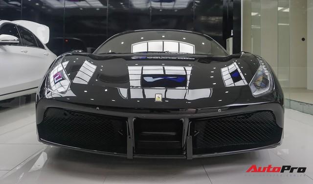 Đại gia Hà Nội tậu Ferrari 488 GTB màu đen độc nhất Việt Nam - Ảnh 1.