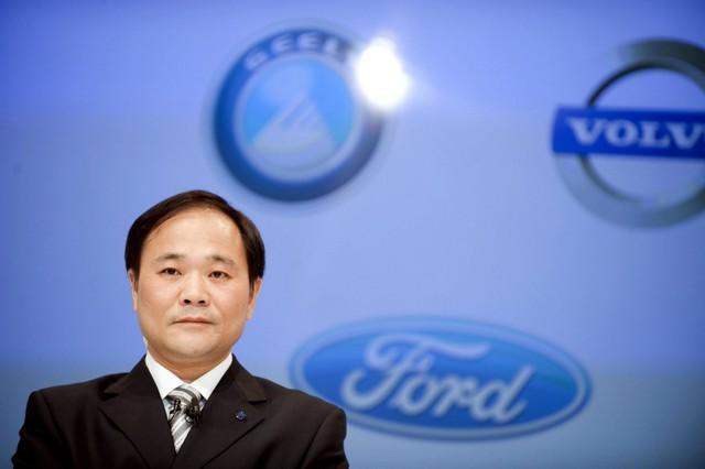 Geely thỏa mãn với Daimler, ngưng thâu tóm cổ phần - Ảnh 1.