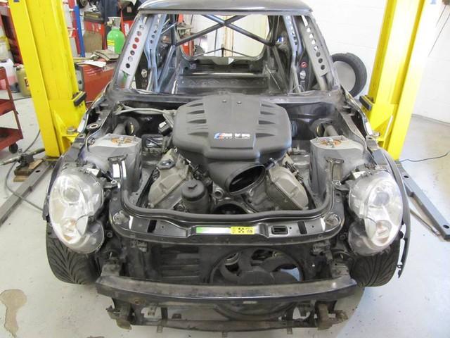 Thợ độ nhấc máy BMW V8 sang MINI Cooper, thay cả hệ dẫn động lẫn hộp số - Ảnh 7.