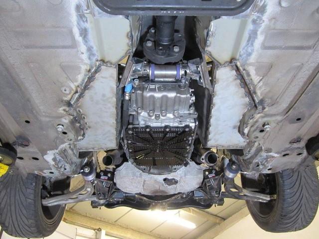 Thợ độ nhấc máy BMW V8 sang MINI Cooper, thay cả hệ dẫn động lẫn hộp số - Ảnh 13.