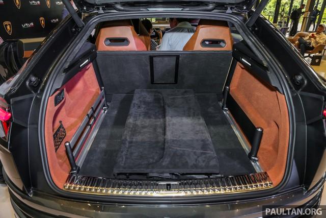 Siêu SUV Lamborghini Urus ra mắt tại Malaysia, giá khoảng 255.000 USD - Ảnh 14.