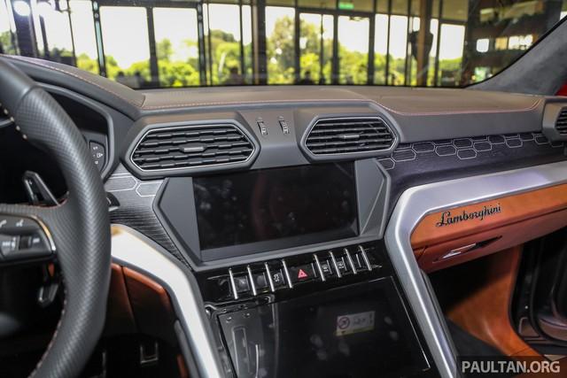 Siêu SUV Lamborghini Urus ra mắt tại Malaysia, giá khoảng 255.000 USD - Ảnh 12.