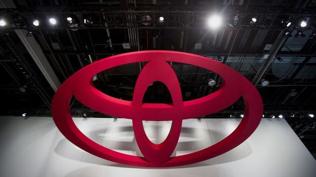 Toyota tìm tới Uber vì công nghệ tự lái