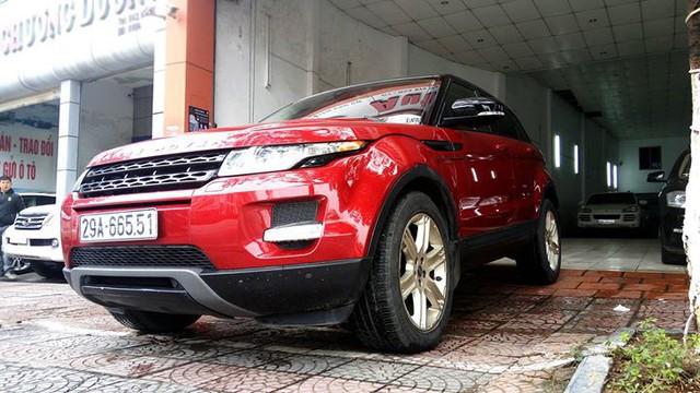 Range Rover Evoque từng của ca sĩ Tuấn Hưng được rao bán lại giá 1,53 tỷ đồng - Ảnh 2.