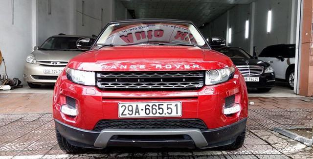 Range Rover Evoque từng của ca sĩ Tuấn Hưng được rao bán lại giá 1,53 tỷ đồng - Ảnh 1.