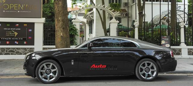 Rolls-Royce Wraith dán decal đổi màu phong cách Black Badge tại Hà Nội - Ảnh 9.