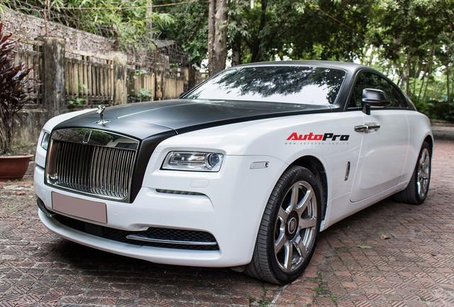 Rolls-Royce Wraith dán decal đổi màu phong cách Black Badge tại Hà Nội - Ảnh 23.