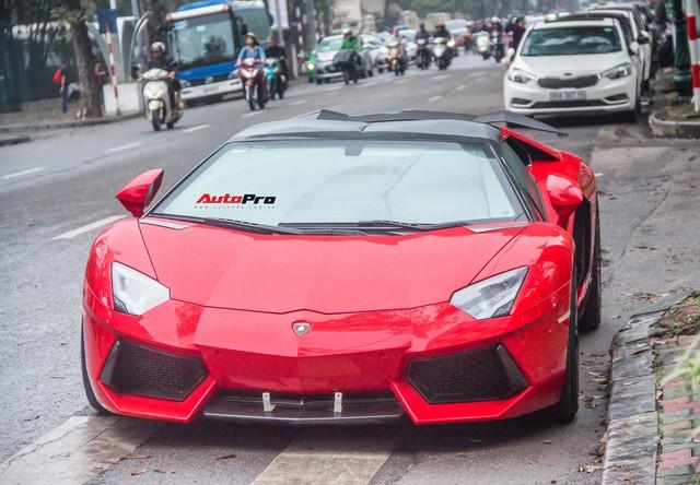 Lamborghini Aventador Roadster độ cánh gió, mâm ADV.1 tại Hà Nội - Ảnh 23.
