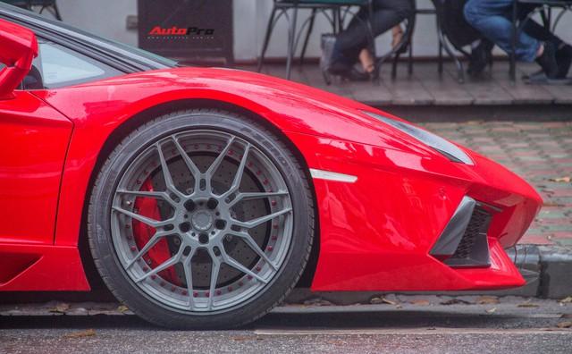 Lamborghini Aventador Roadster độ cánh gió, mâm ADV.1 tại Hà Nội - Ảnh 3.