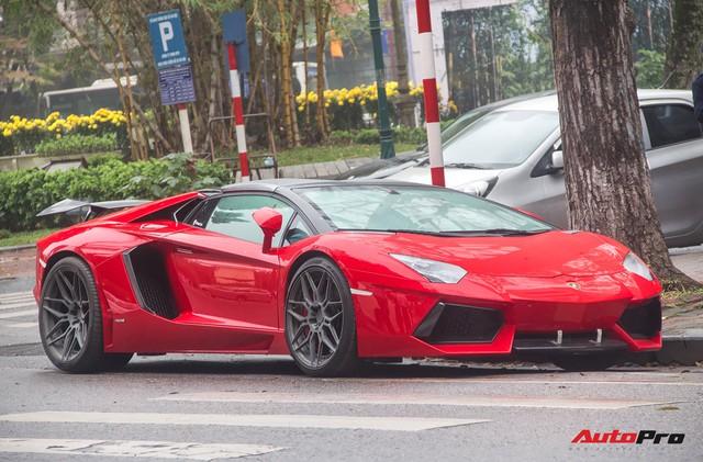 Lamborghini Aventador Roadster độ cánh gió, mâm ADV.1 tại Hà Nội - Ảnh 21.