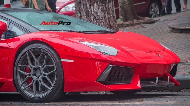 Lamborghini Aventador Roadster độ cánh gió, mâm ADV.1 tại Hà Nội - Ảnh 20.