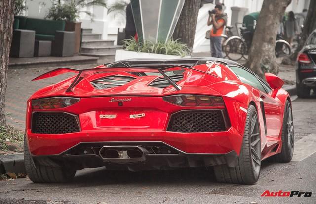 Lamborghini Aventador Roadster độ cánh gió, mâm ADV.1 tại Hà Nội - Ảnh 18.
