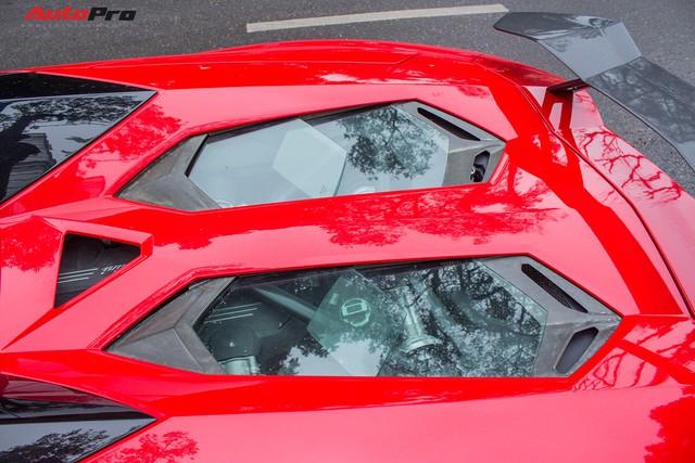 Lamborghini Aventador Roadster độ cánh gió, mâm ADV.1 tại Hà Nội - Ảnh 7.