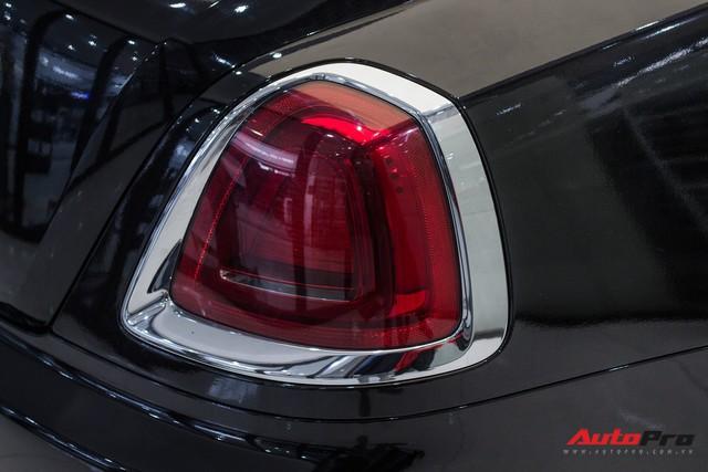Rolls-Royce Wraith dán decal đổi màu phong cách Black Badge tại Hà Nội - Ảnh 6.