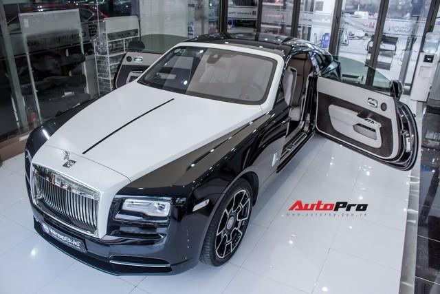 Rolls-Royce Wraith dán decal đổi màu phong cách Black Badge tại Hà Nội - Ảnh 13.