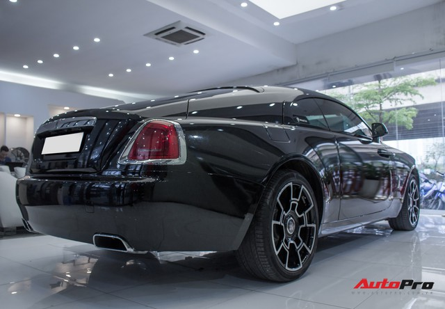 Rolls-Royce Wraith dán decal đổi màu phong cách Black Badge tại Hà Nội - Ảnh 15.