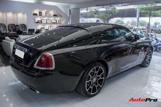 Rolls-Royce Wraith dán decal đổi màu phong cách Black Badge tại Hà Nội - Ảnh 16.