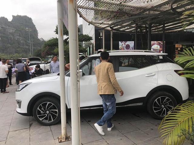 Zotye T300 - Xe Trung Quốc cạnh tranh Ford EcoSport với giá thấp hơn 250 triệu đồng - Ảnh 1.