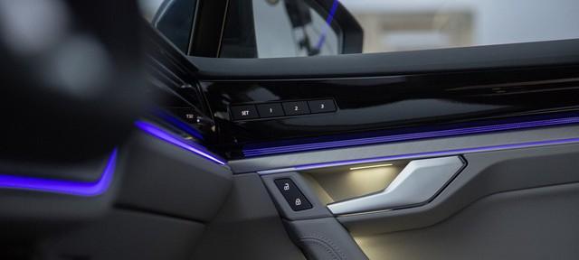 Volkswagen Touareg 2019 tham vọng cạnh tranh Porsche Cayenne - Ảnh 4.