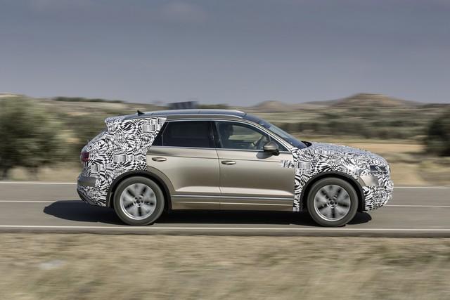 Volkswagen Touareg 2019 tham vọng cạnh tranh Porsche Cayenne - Ảnh 2.