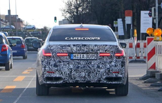 BMW sớm nâng cấp 7-Series, dự kiến ra mắt cùng 8-Series, X7 - Ảnh 2.