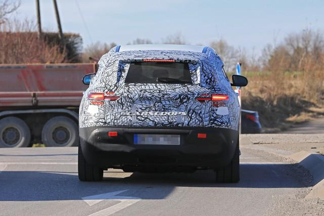 Mercedes-Benz EQ C: Có quá trễ để tham gia bữa tiệc SUV? - Ảnh 2.