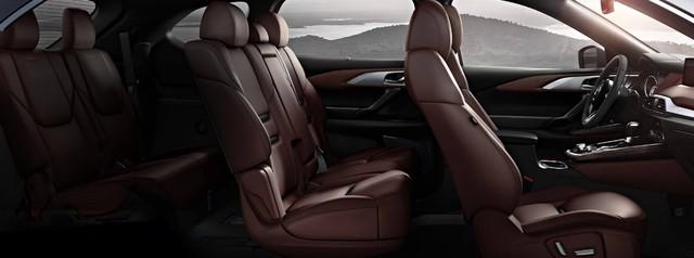 Mazda CX-9 được nâng cấp hàng ghế sau với hệ thống giải trí hoàn toàn mới - Ảnh 1.