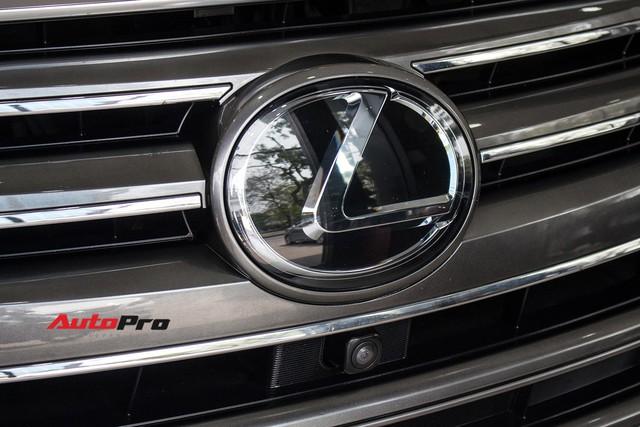 Lexus LX570 2016 nhập Mỹ lăn bánh 20.000km bán lại giá 7,3 tỷ đồng - Ảnh 11.