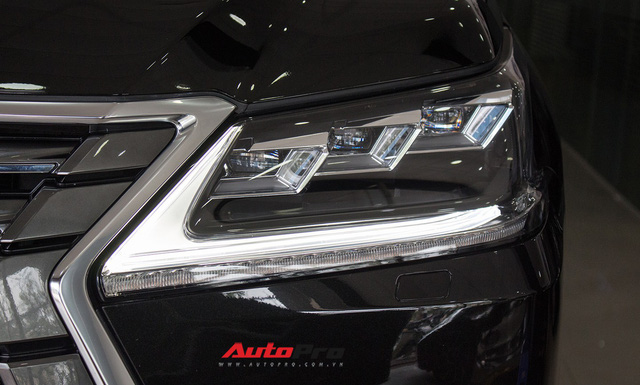 Lexus LX570 2016 nhập Mỹ lăn bánh 20.000km bán lại giá 7,3 tỷ đồng - Ảnh 4.
