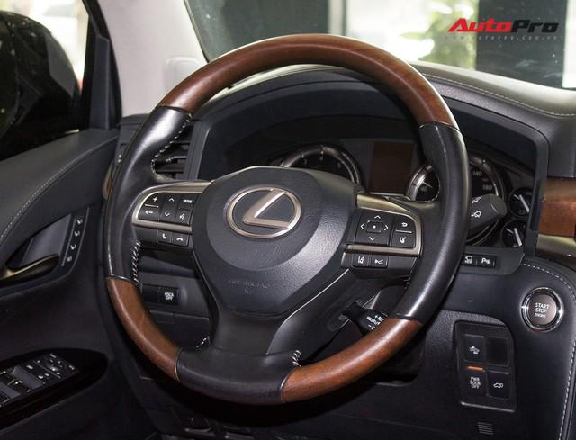 Lexus LX570 2016 nhập Mỹ lăn bánh 20.000km bán lại giá 7,3 tỷ đồng - Ảnh 21.