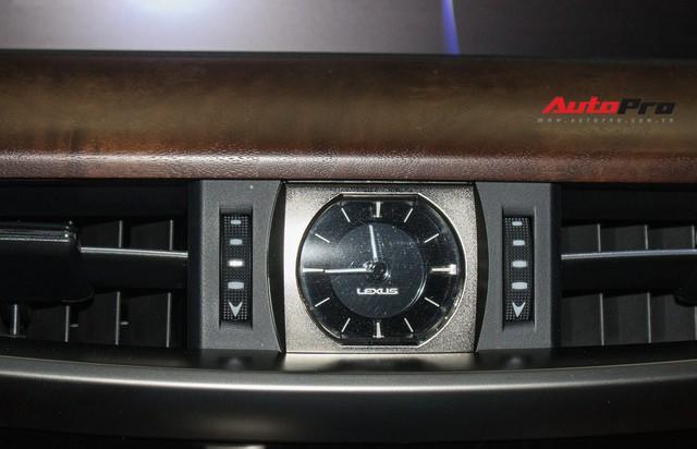 Lexus LX570 2016 nhập Mỹ lăn bánh 20.000km bán lại giá 7,3 tỷ đồng - Ảnh 23.