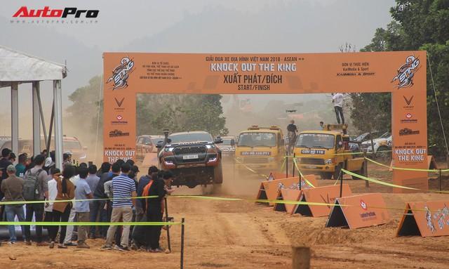 Xem ô tô bay, đua tốc độ tại Knock out the King 2018 ở Hà Nội - Ảnh 4.