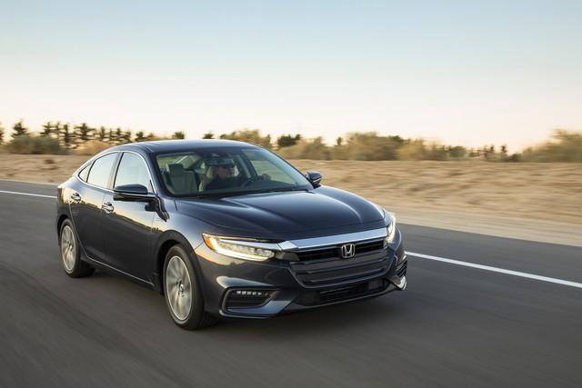 Nằm giữa Civic và Accord, Honda Insight 2019 chỉ ăn xăng 4,2 lít/100 km - Ảnh 3.