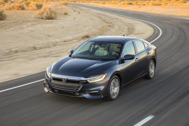 Nằm giữa Civic và Accord, Honda Insight 2019 chỉ ăn xăng 4,2 lít/100 km - Ảnh 2.