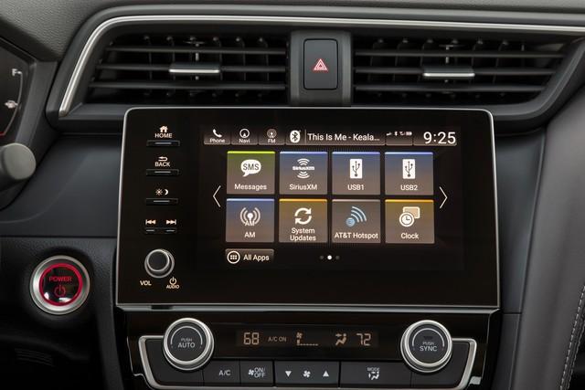 Nằm giữa Civic và Accord, Honda Insight 2019 chỉ ăn xăng 4,2 lít/100 km - Ảnh 6.