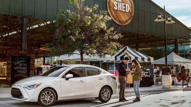 Sau Corolla hatchback, Toyota tung ra Yaris sedan phiên bản mới