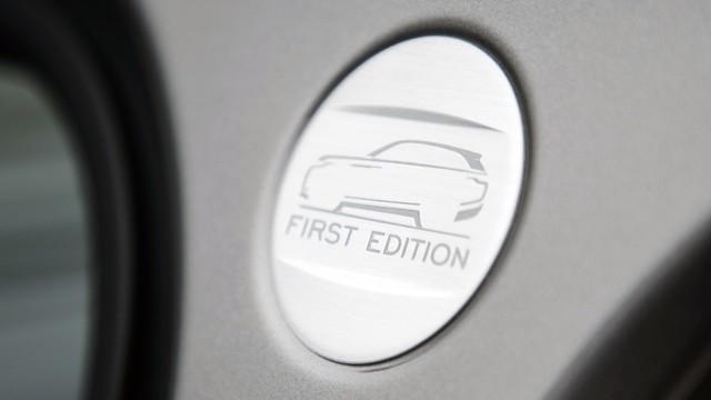 Cặp đôi Range Rover Velar First Edition ra biển trắng tại Hà Nội - Ảnh 19.