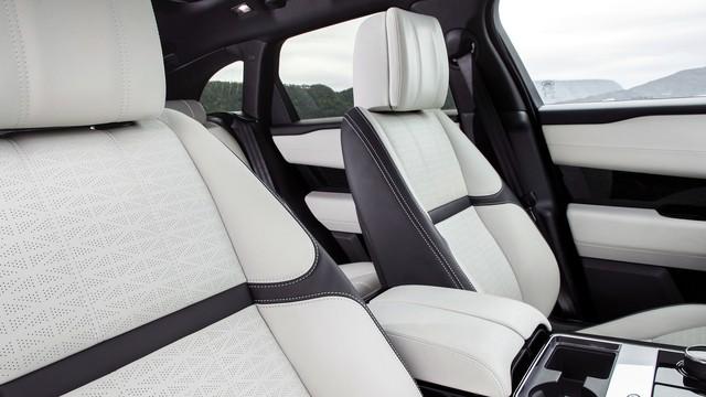 Cặp đôi Range Rover Velar First Edition ra biển trắng tại Hà Nội - Ảnh 17.