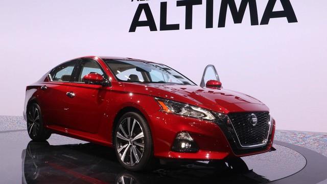 Nissan Altima 2019 đổi mới công nghệ để cạnh tranh Toyota Camry - Ảnh 2.