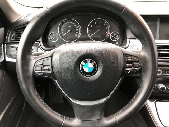 Sedan hạng sang BMW 523i 2012 rao bán lại giá chưa đến 1 tỷ đồng - Ảnh 13.