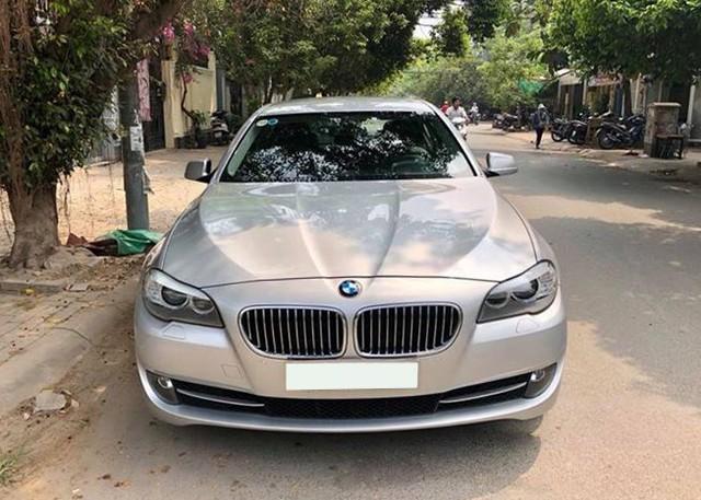 Sedan hạng sang BMW 523i 2012 rao bán lại giá chưa đến 1 tỷ đồng - Ảnh 2.