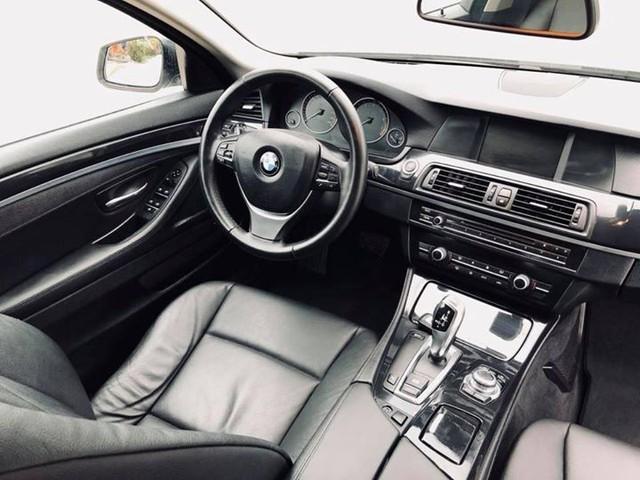 Sedan hạng sang BMW 523i 2012 rao bán lại giá chưa đến 1 tỷ đồng - Ảnh 8.